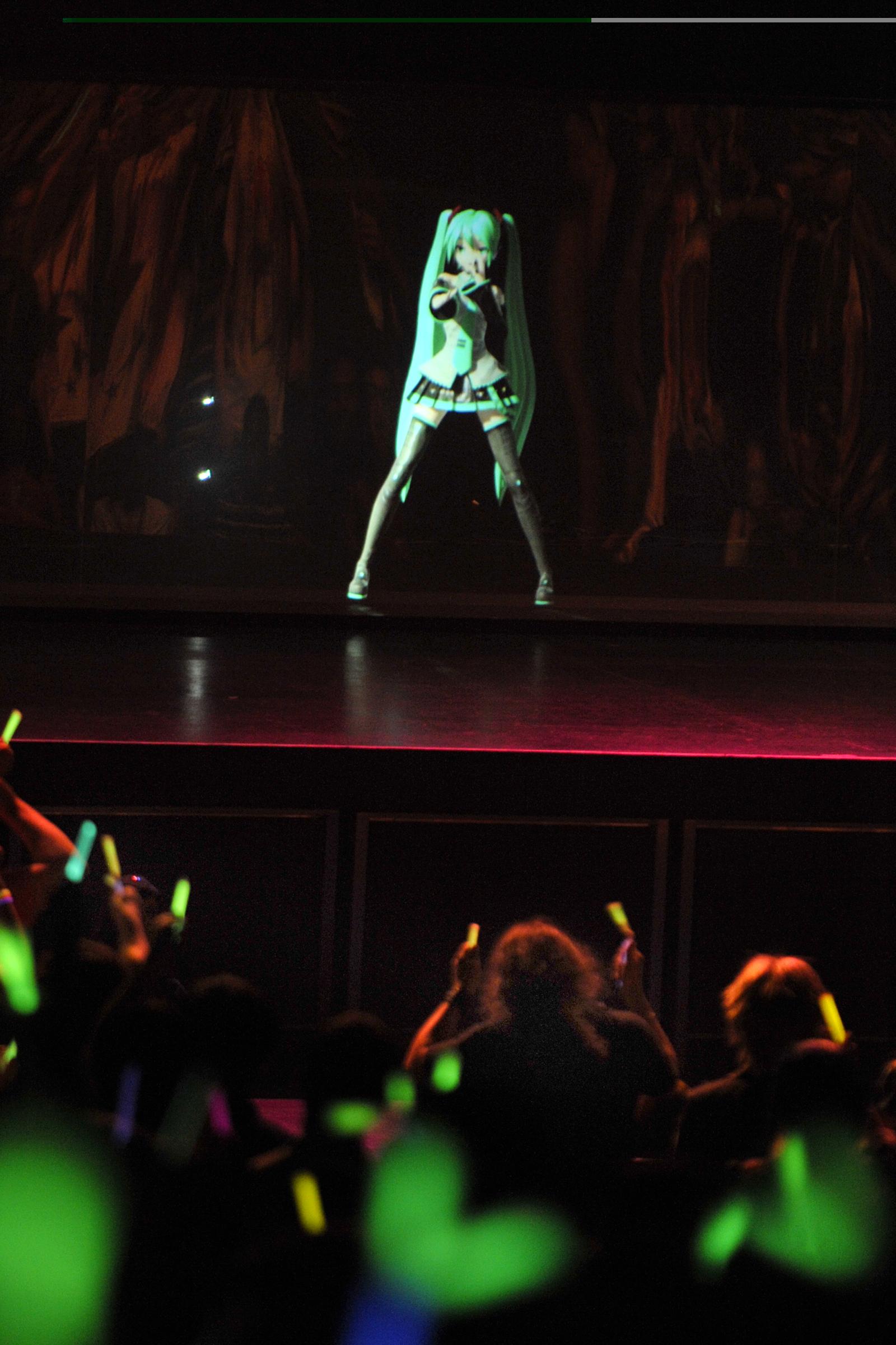 AFA11: Hatsune Miku is going to ROCK!