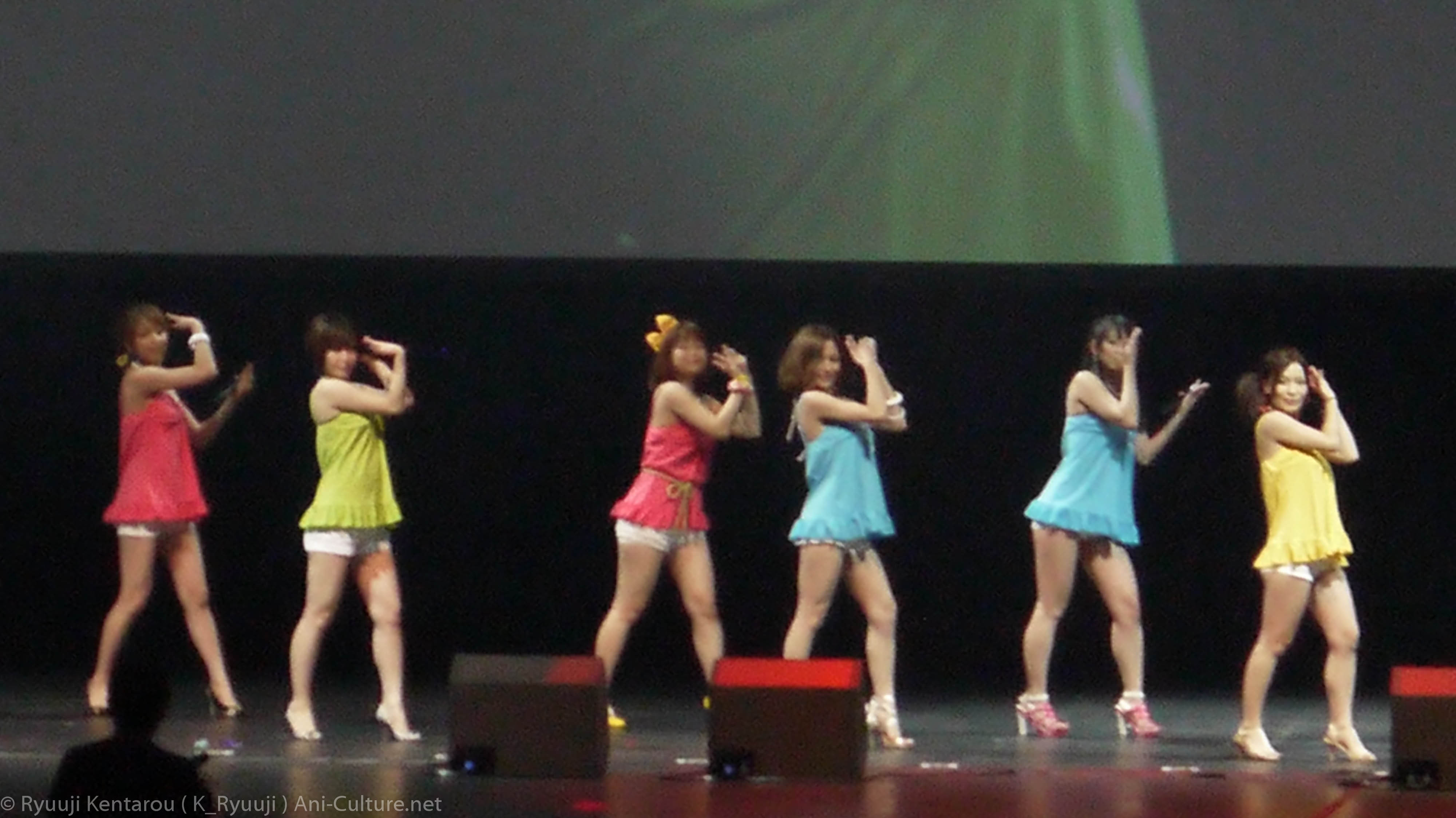 "[Jan] Featured Artist : Ebisu Muscats + Ebisu Muscats Asia Tour 2013 "" Live in Singapore """
