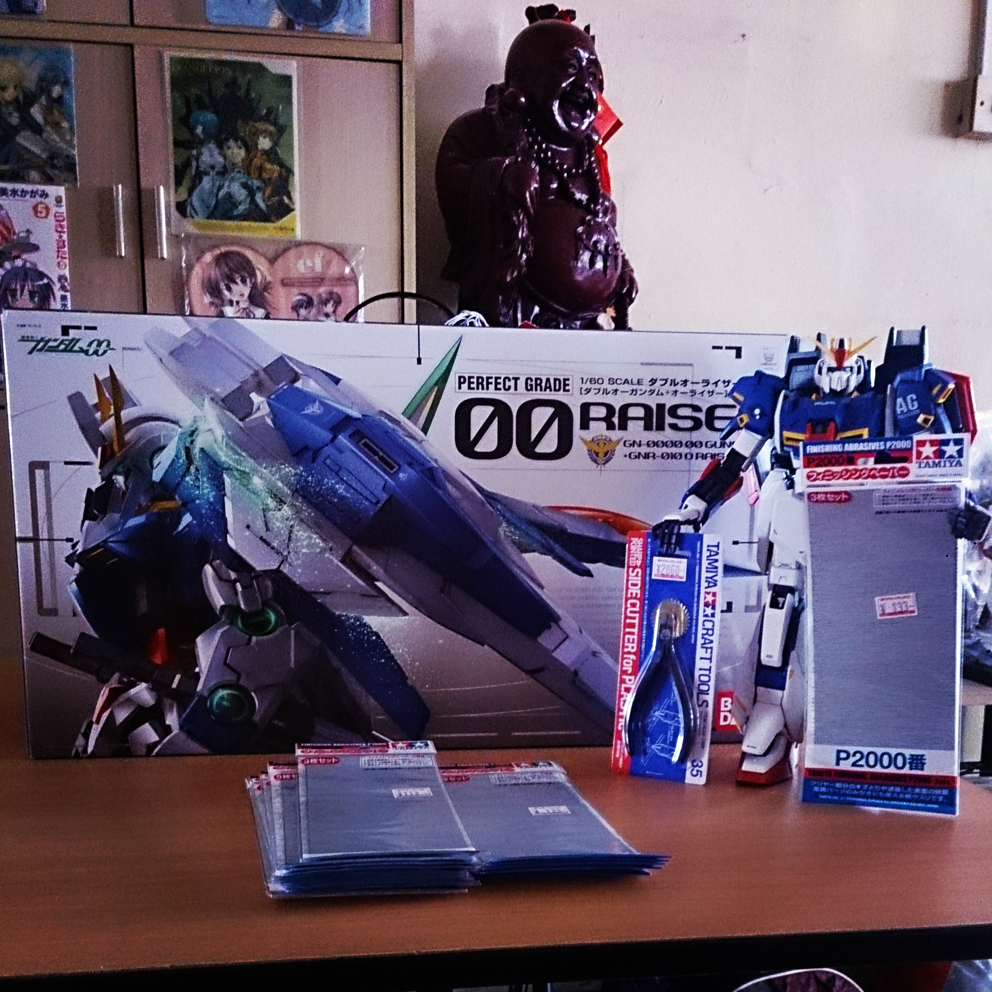 1/60 scale PG Gundam 00 Raiser build progress